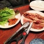 (卸)仙台食肉センター - サムギョプサル