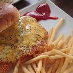 キャプテンカンガルー - チーズチーズバーガー+ポテトセット♪
