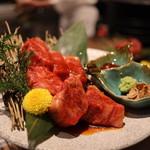 京町家の黒毛和牛一頭買い焼肉 市場小路 - ヘレ ¥2,000