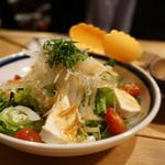 107312144 - 釜揚げシラスと豆腐の和風サラダ