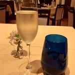リストランテ コルテジーア - スパークリングワイン