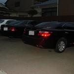 寿し吾智 - 高級車が並ぶ駐車場