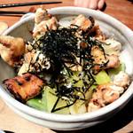 107321099 - 5食限定 淡海地鶏焼鳥丼
