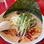 群鳳 - 白ごま担々麺+味玉