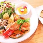 Restaurant&Cafe BRENZA - ブレンザプレート(鶏肉)