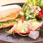 Restaurant&Cafe BRENZA - ホットサンド