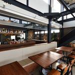 パスタ フレスカ ダンメン - 1階テーブル席