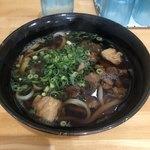うどん処 ひら田 - 料理写真:肉うどん