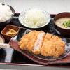 Akanenoujou - 料理写真:ロースカツ定食