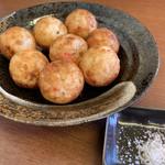 ジャンたこ - 料理写真:カリカリ素焼塩たこ焼き(8個)♡¥440(税込)