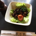 夢乃家 - 鳥もつ煮…600円