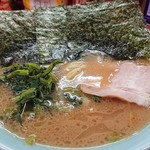 末広家 - ラーメン730円 麺66%