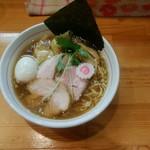 麺笑 コムギの夢 - 料理写真:特製中華そば¥800