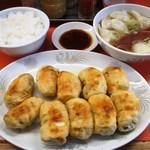107351854 - 焼餃子&水餃子&ライス