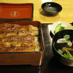 芳野屋 - 料理写真:生むしうなぎ 鰻重全景