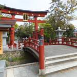 ライフシーズ 赤れんがcafe - 気比神宮の日本三大木造大鳥居 あと2つは奈良・春日大社と宮島・厳島神社