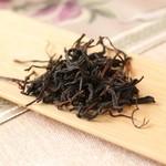 花咲み荼 - 【梨山紅茶】梨の樹と茶樹が並んでいる標高の高い山で作られる高級梨山茶を贅沢に紅茶に仕上げたものです。梨山茶の風味も残る紅茶は癖がなく、すっきりとした味わいです。
