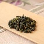 花咲み荼 - 【大禹嶺(天池茶)】もともと大禹嶺ですが、大禹嶺は現在4軒の農家さんのみの称号で、天池というブランド名に変わっております。台湾一標高が高い高山茶は台湾の最高級烏龍茶です。台湾一標高が高い山で作られたこのお茶は台湾の最高級烏龍茶です。