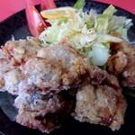 とみくら - 料理写真:鶏のからあげ(600円)