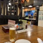 つづみ - 四角い大テーブル