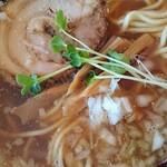双麺 - 双麺ラーメン醤油アップ