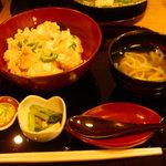 初代 富近 - 親子丼¥1000