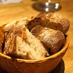 ともすけ - 自家製パン