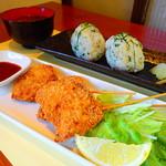 マジュン・リッカ - ランチ☆からし菜おにぎりセット