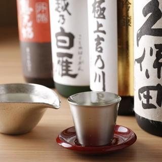 長岡屈指の取り揃え!新潟・北陸の地酒を提供します