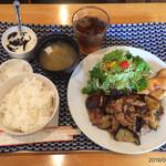 107427057 - ナスと豚肉の生姜炒め定食700円