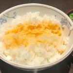 107429832 - 卵かけご飯