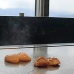 鉄板焼 「金葉亭」 - アラとホタテの鉄板焼き