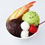 【季節限定】フルーツたっぷりあんみつ(抹茶アイス添)