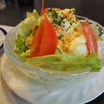グリル佐久良 - カニ玉サラダ