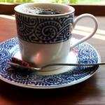コーヒーファクトリー  - 店内コーヒー ケニア 700円 メニューから頼むと結構リッチ!