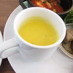 カフェ ラ トローブ - かぼちゃのスープ