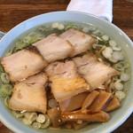 丸信ラーメン - 醤油チャーシュー麺