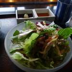 鉄板焼 「金葉亭」 - サラダ
