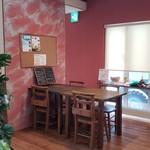 W's cafe - 店内です。