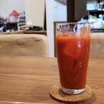 107452610 - オーガニック野菜ジュースです。