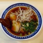御厨飯店 - 料理写真:ラーメン(550円)