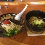 喜楽 - 料理写真:鉄鍋半チャーセット