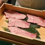 ひすい焼きステーキ八傳 - 本日の肉☆