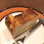 107461227 - 201905  ベイクドチーズケーキ