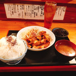 一品料理 ひとしな - トンテキ定食