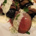 キッチンスズヤ - コースのメインの肉料理。本日はエゾジカだそうです!
