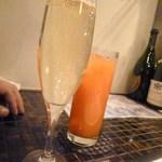 ALEGRIA - カヴァ¥600&カンパリオレンジ¥550♪