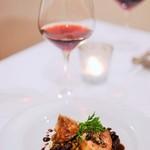 107471135 - ワインはロンバルディアのピノ・ノワール
