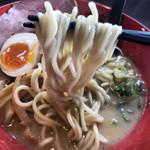 らーめんチキン野郎 - 麺