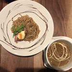 ギオン ダック ヌードルズ - つけ麺(みかん、もも)並 980円